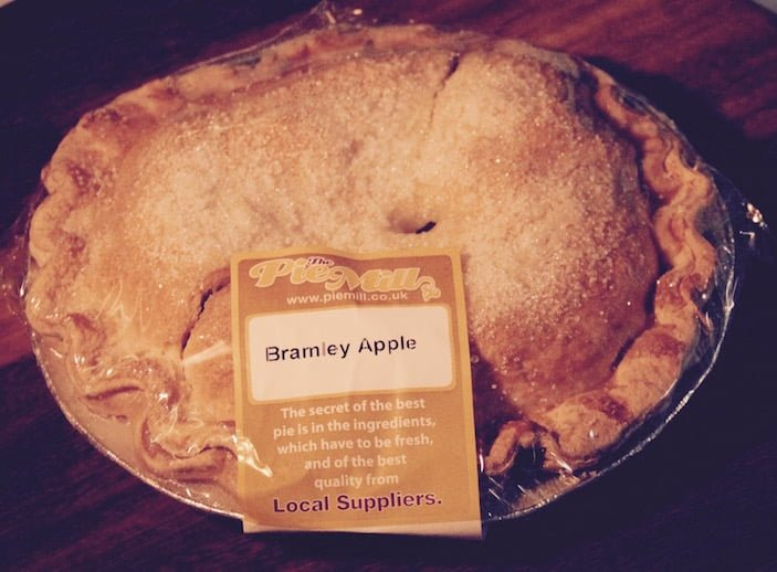 Family Sized Apple Pie